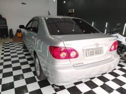 Toyota Corolla impecável