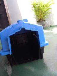 Casinha de Pet Azul e Preta