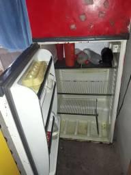 Vendo geladeira funcionando