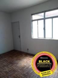 Apartamento - QUINTINO BOCAIUVA - R$ 850,00