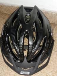Blusa+capacete de ciclista