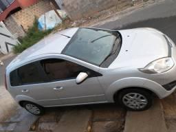 Fiesta 1.0 SE Completo baixo KM