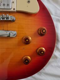Guitarra Epiphone Les Paul Standard com capa