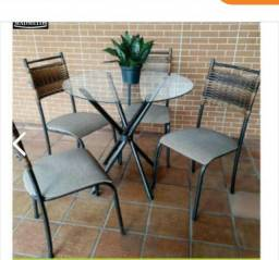 Conjunto de mesa com 4 cadeiras moderna direto da fabrica