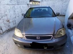 Honda Civic atrasado