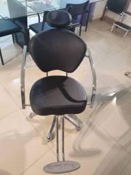 Cadeira para Salão de Beleza Terra Santa Luxo