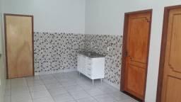 Alugo Apartamento a 35 metros da Jatuarana