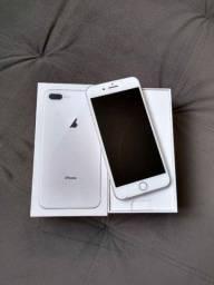 Iphone 8 Plus 64Gb com um trinco na tela