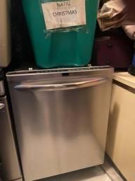 Máquina de lavar louças Frigidaire
