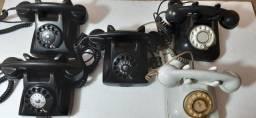 Telefone antigo em baquelite