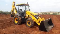Retro Escavadeira JCB 3C Ano 2011 tração 4x4