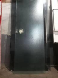 Porta Linda de Vidro Blindex de 8mm com Puxador redondo e fechadura com chaves