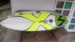 Prancha de surf 5'7 semi nova
