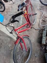 Vendo essa bicicleta pra vende logo 200 contato *