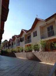 Lindo Sobrado em condomínio fechado Parque São Domingos