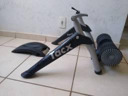 Rolo de treino bike Tacx bushido Smart e Interativo simula ate 15%