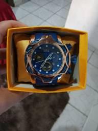Invicta dourado com azul novo