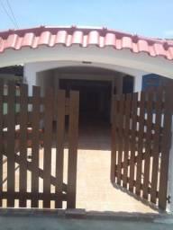 Excepcional Casa Linear 05 Qtos Garag 4 carros Churrasqueira ao lado Praia