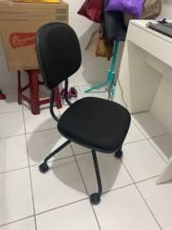 Cadeira para escritório nova nunca usada