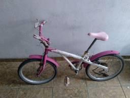 Vendo bicicleta Caloi  Aro 20 modelo menina
