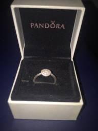 Vendo anel Pandora preço a negociar