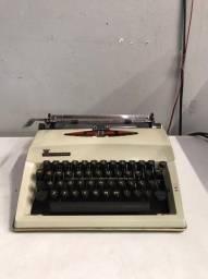 Máquina de Escrever Contessa de Luxe