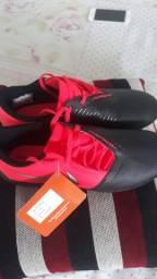 Chuteira Nike Futsal Phantom Venom Club IC