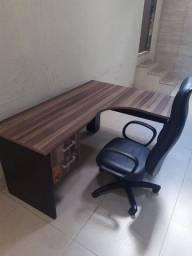 Mesa de escritório  - mesa do patrão
