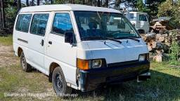 Único dono 1997 Mitsubishi L300 2.5 Diesel Bom Estado ler anúncio