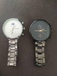 Vendo esses dois relógios, nunca usados.
