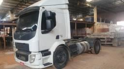 Volvo VM330 4x2 Ishift