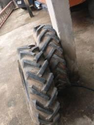 Vendo 4 pneus completo aro 16 semi novos
