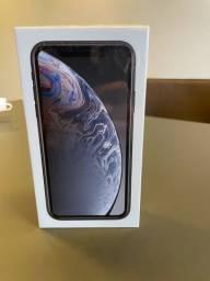 IPhone XR 128GB preto lacrado em até 18x