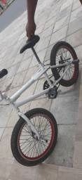 BMX seminova