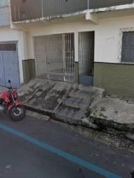 Aluga casa próxima ao Banco do Brasil do Dirceu I