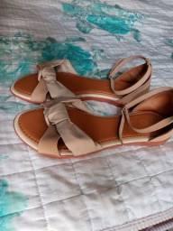 Vende se sandália