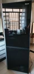 Refrigerador Side Inverter Panasonic BB52 Frost Free com Porta de Vidro Preto - 423L<br><br>