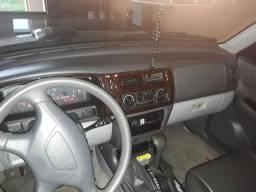 Pajero Sport 4x4 automática