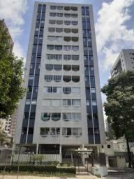 Apartamento Cabral 120 m2 a duas quadras do terminal