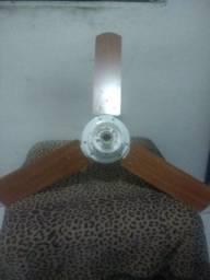 Ventilador de teto com pá madeira