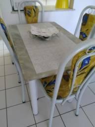 SOMENTE TROCA. Mesa mármore 4 cadeiras