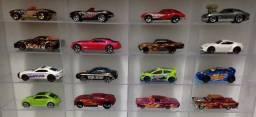 Hot Wheels Ferrari Porsche Impala muscle picape corrida