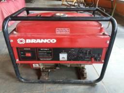 Gerador a gasolina - branco - 220v