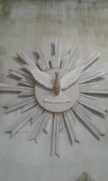 Divino espírito santo em madeira