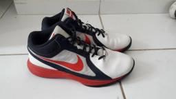 Tenis de basquete Nike
