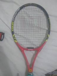 Vende-se raquete de tênis