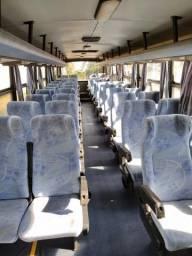 Ônibus MB 1620 carroceria caio