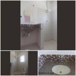 Casa Cps 2 quartos e 1 suite,1 banho,1 lav,sala cozinha,área serviço,garagem 2 vagas
