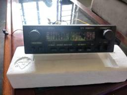 Radio automotivo antigo