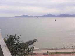 Alugo na Ponta da Praia 1 Dormitório com Varanda Vista Mar